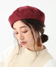 ボルドーのベレー帽